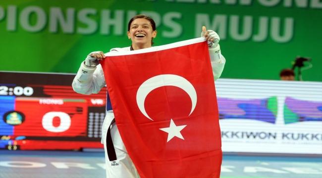 Milli tekvandocu Nur Tatar, kariyerinin tek eksiği olimpiyat altın madalyasını Tokyo'da kazanmayı hedefliyor