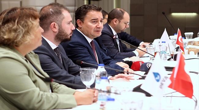 DEVA Partisi Genel Başkanı Babacan Trabzon'da ziyaretlerde bulundu