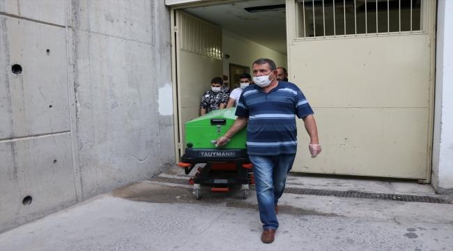 """Niğde'de trafik kazasında hayatını kaybeden """"Tostçu Mahmut'un"""" cenazesi Adana'ya gönderildi"""
