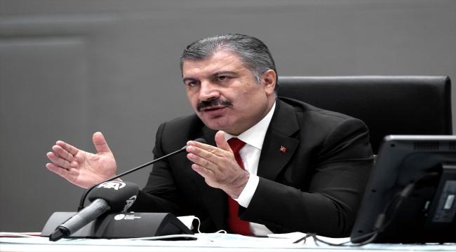 Sağlık Bakanı Koca, basın toplantısı düzenledi (1):