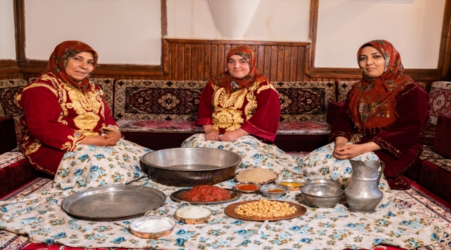 """Sivas'ın yöresel lezzeti """"Tonus köfte"""" özel günlerde sofraları lezzetlendiriyor"""